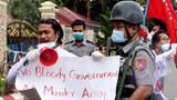၂၀၂၀ ခုနှစ် စက်တင်ဘာလ ၉ ရက်နေ့က ရခိုင်ပြည်နယ်အစိုးရရုံးရှေ့မှာ ဆန္ဒပြကျောင်းသားတွေကို ရဲတပ်ဖွဲ့က ဖမ်းဆီးခဲ့စဉ်