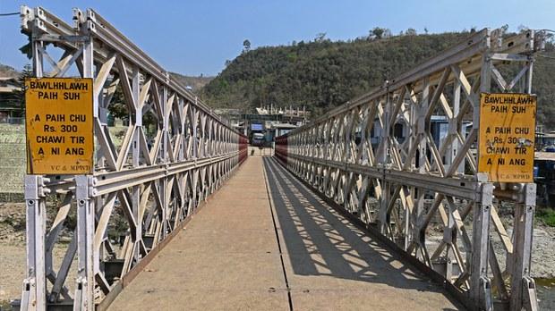 မြန်မာ-ဘင်္ဂလားဒေ့ရှ် နယ်စပ်ကုန်သွယ်ရေး စခန်းတွေ ပြန်ဖွင့်ခွင့်ပြု