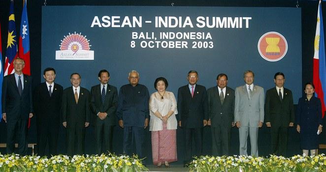 2003-10-08T000000Z_1568275483_RP4DRHZOJPAA_RTRMADP_3_ASEAN-INDIA-SUMMIT.JPG