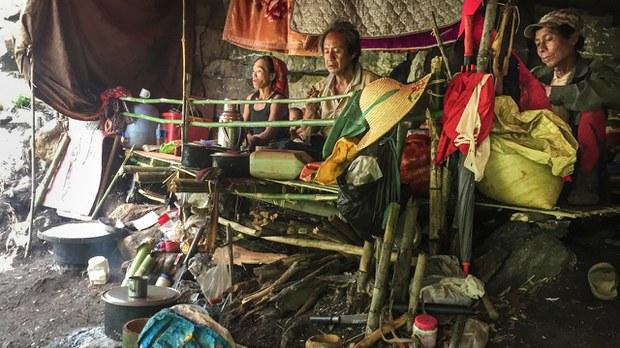 kayah+refugees.jpg